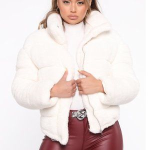 FashionNova Worth It Puffer Jacket - Ivory
